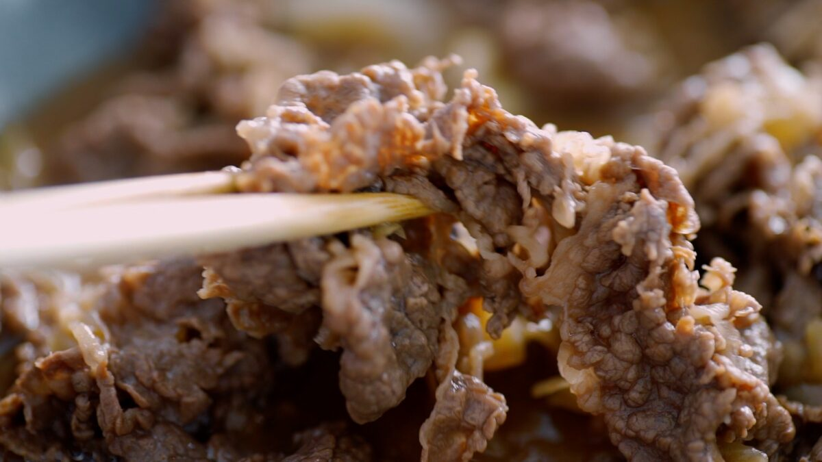 Homemade Yoshinoya-style Gyudon (Beef Bowl) in a pan.