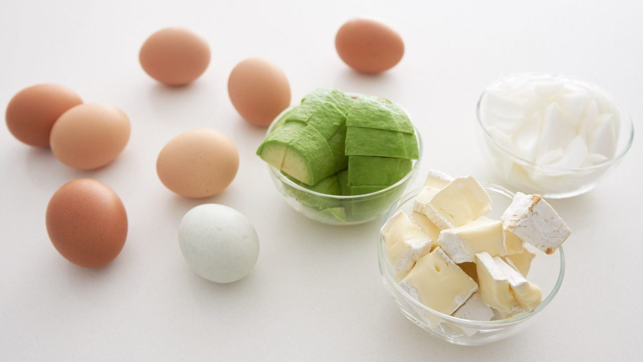 Ingredients for avocado, camembert and caramelized onion frittata.