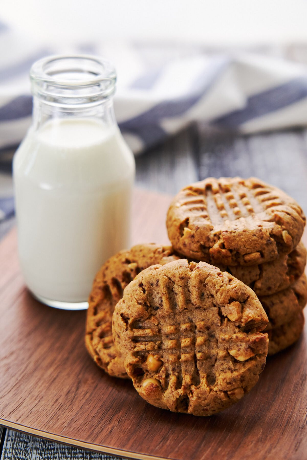 These easy delicious Peanut Butter Cookies come together in minutes from just a handful of ingredients and yet they're pack with protein and mouthwateringly good.