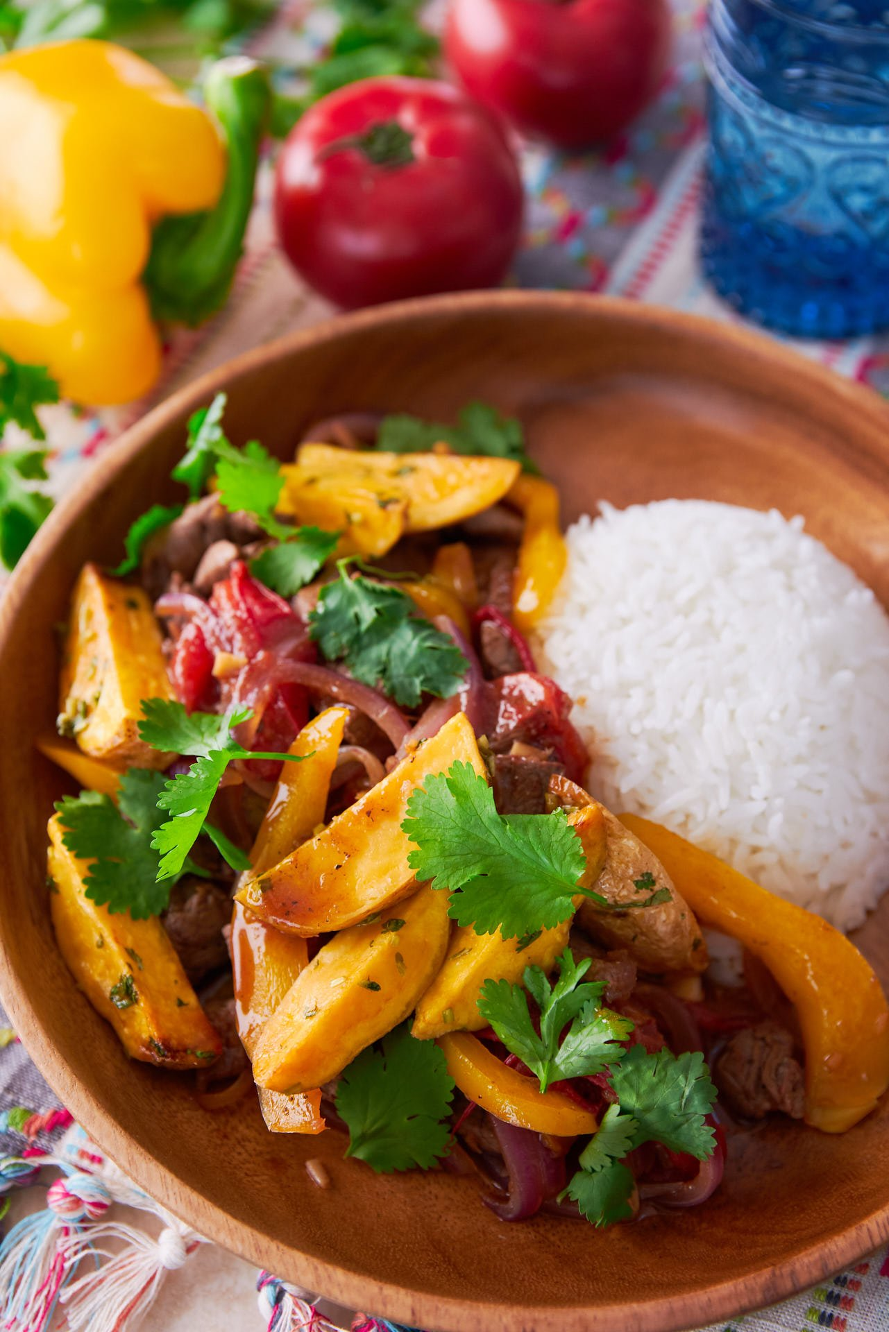 With tender beef stir-fried with garlic, onions, peppers, and tomatoes, Lomo Saltado is an awesome mashup of Peruvian and Chinese cuisine. Topped with crisp French fries, it's irresistibly good!