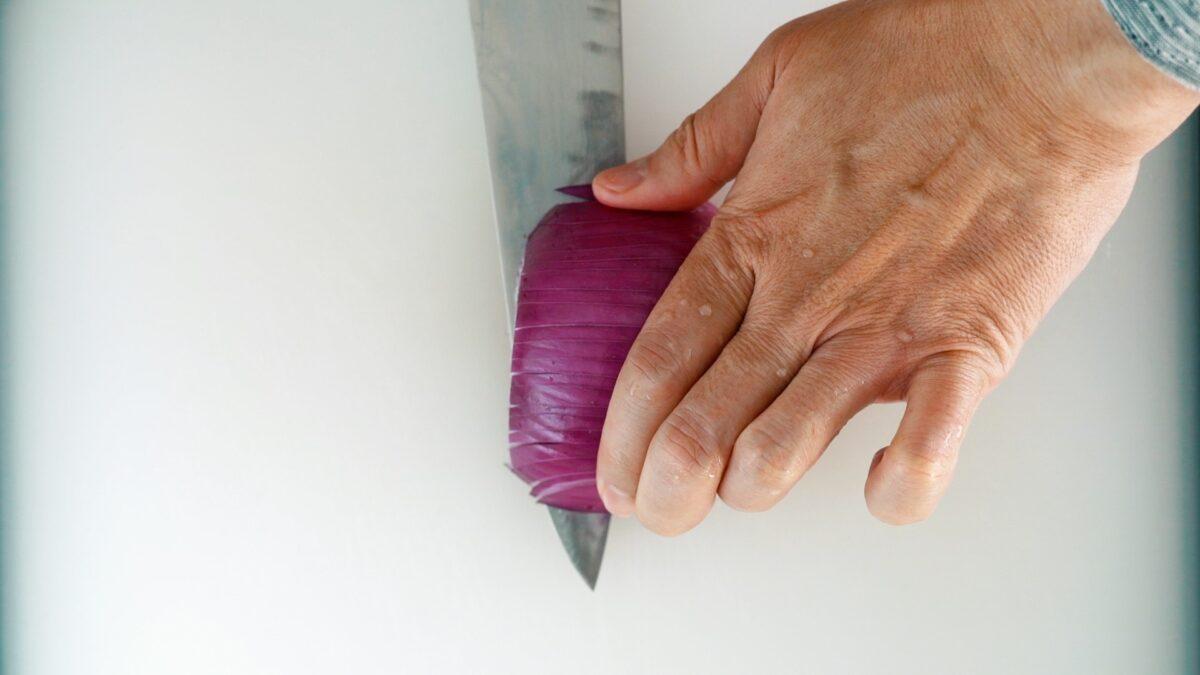 Slice the onion horizontally 2-3 times.