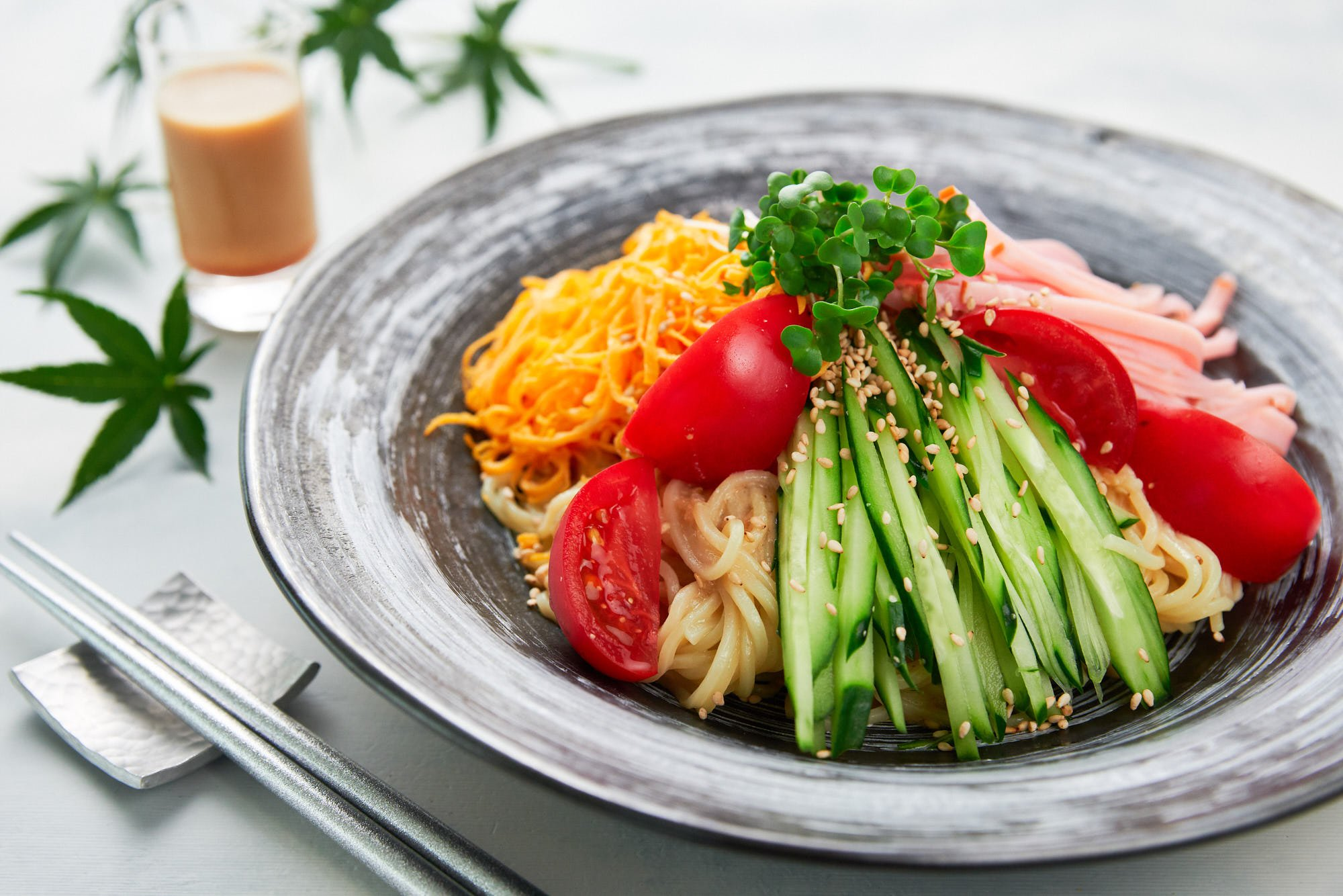 With chilled ramen noodles and loads of veggies dressed with a tangy sesame dresing, this cold ramen salad (Hiyashichuka) is perfect for a hot summer day.