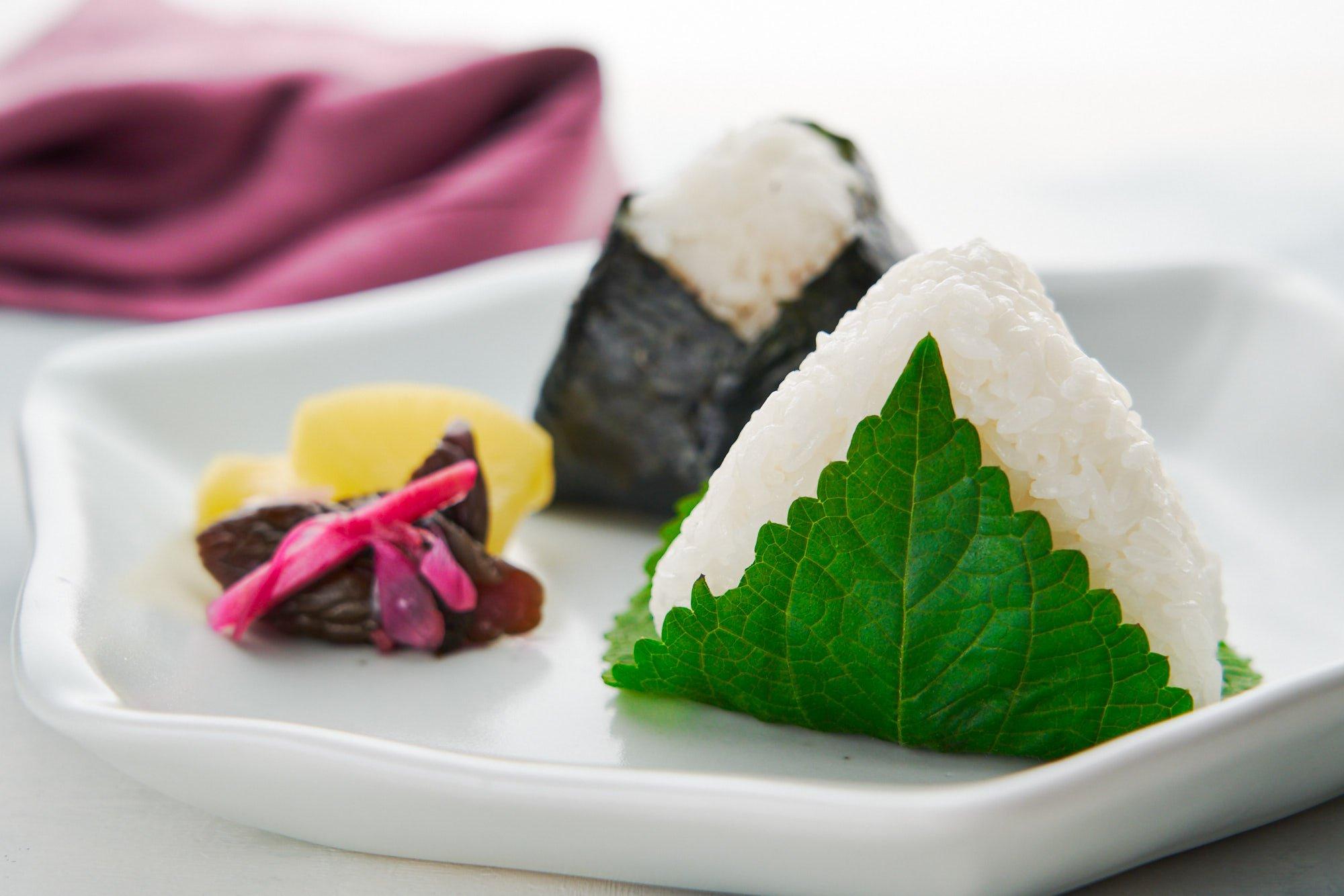 Tuna Mayo Onigiri Rice Ball Recipe ツナマヨおにぎり