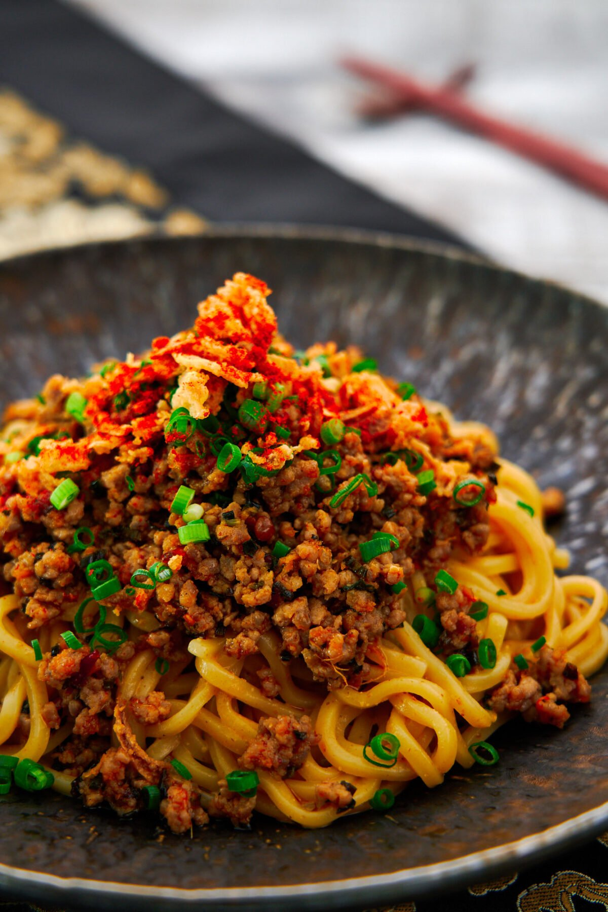With ramen noodles tossed in creamy sesame sauce and topped with spicy stir-fried ground meat, this easy soupless Tantanmen Ramen comes together in only 15 minutes.